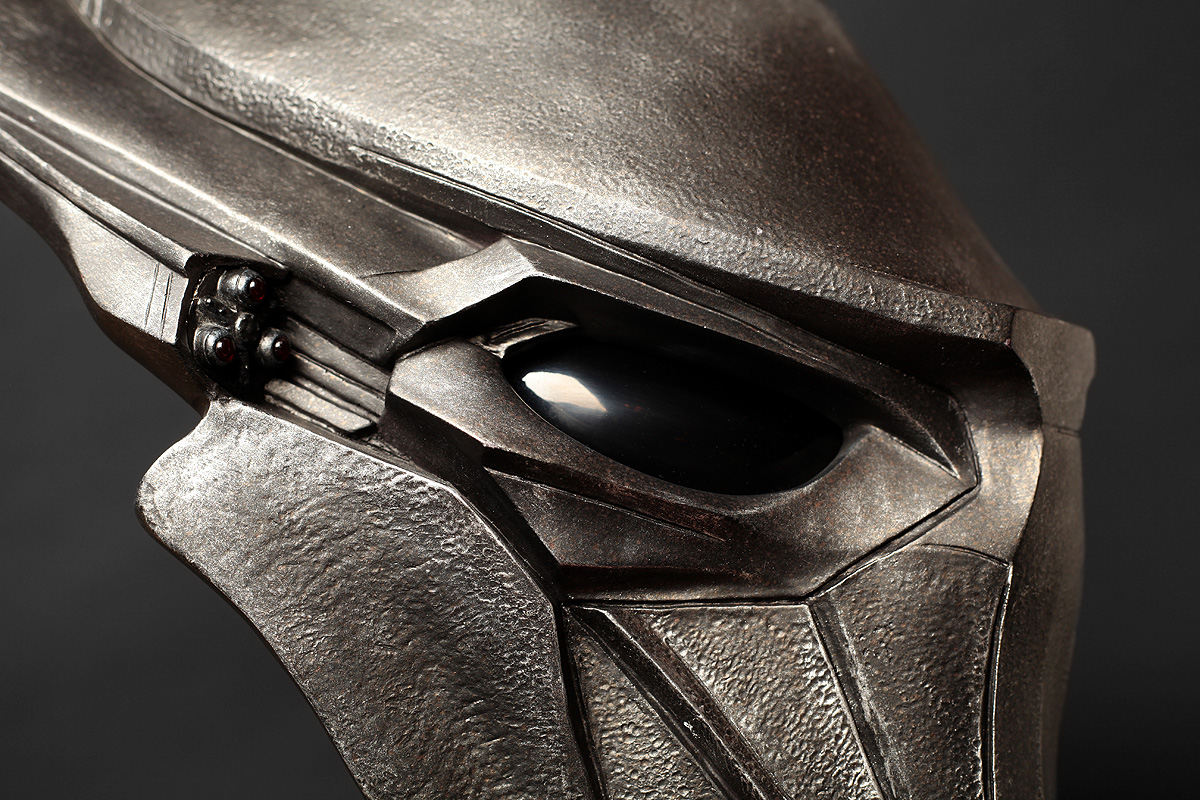 the-falconer-bio-helmet2.jpg