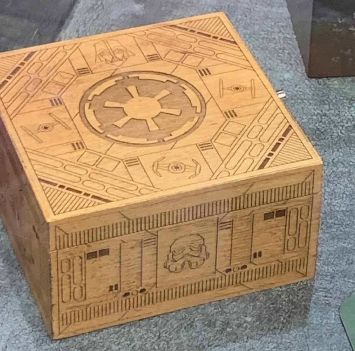 toydarian-toymaker-wooden-box-1200x1188.jpg