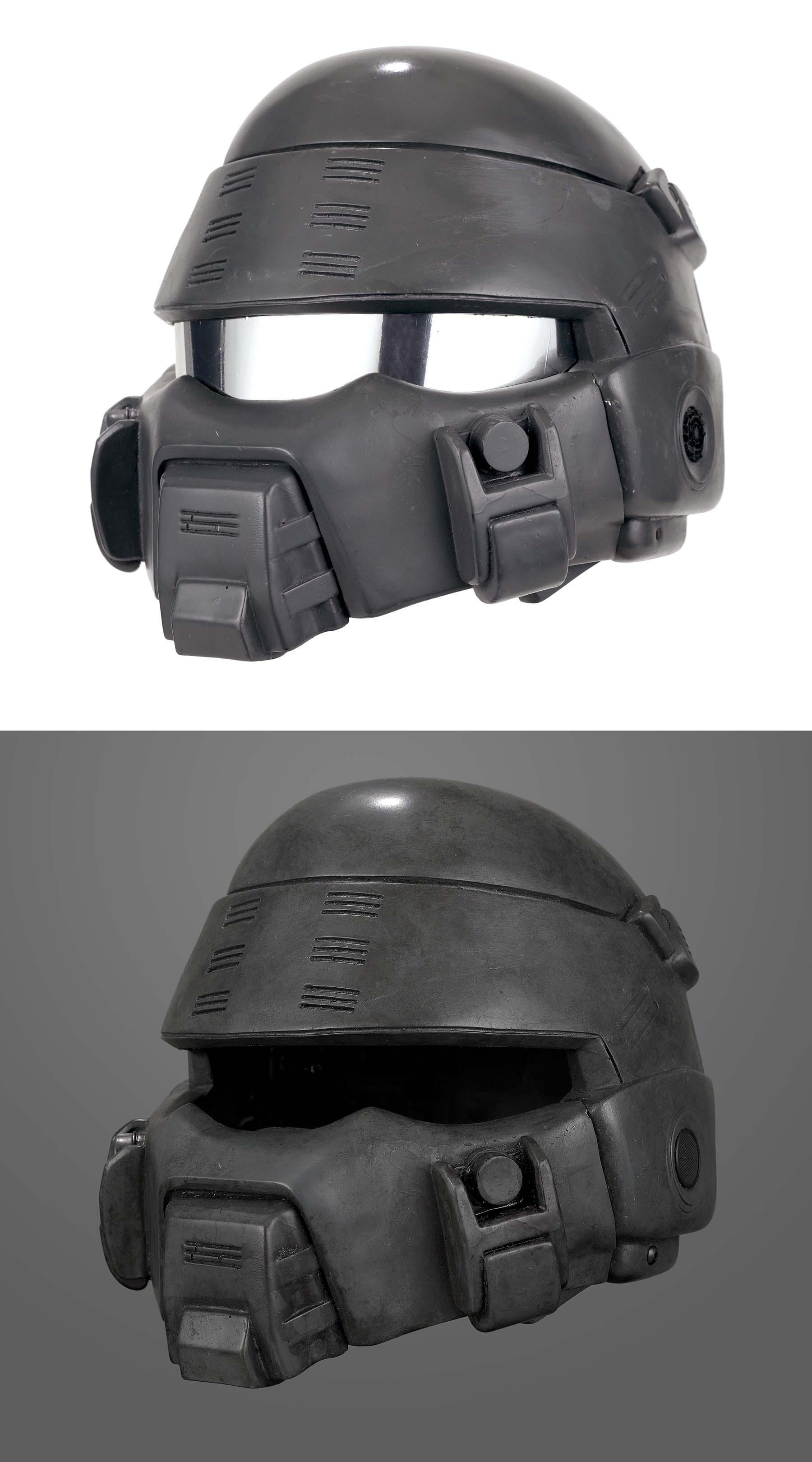 Traitor of Mars Helmet - Weathering - Stage One.jpg