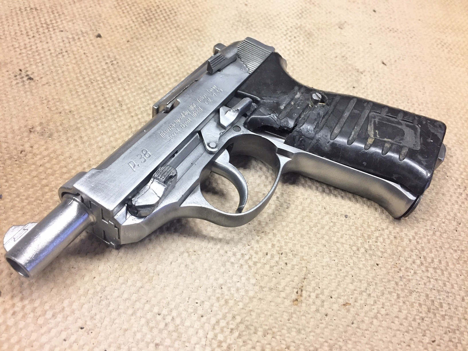 Walter's UNCLE Gun (23).jpg