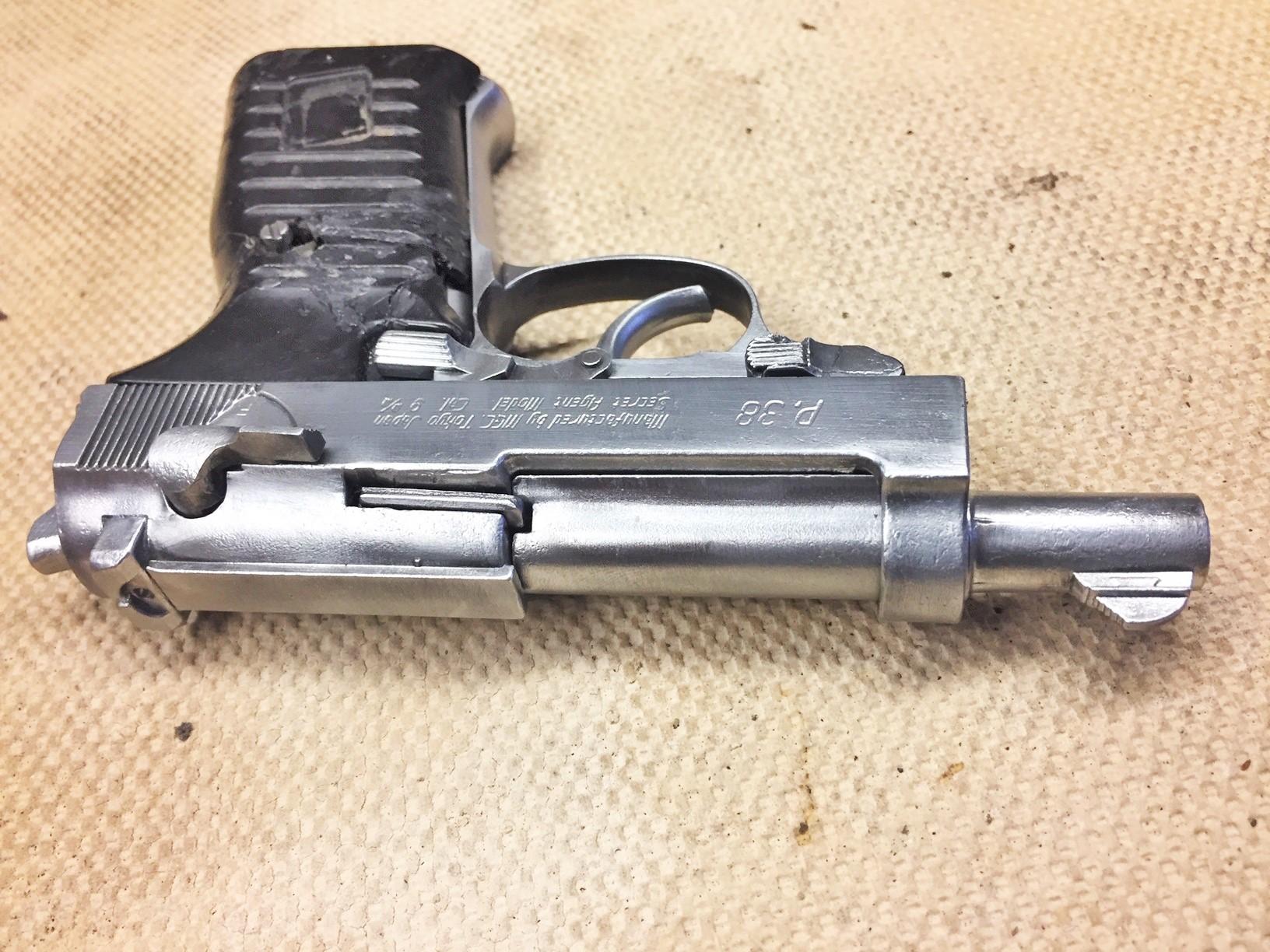 Walter's UNCLE Gun (24).jpg