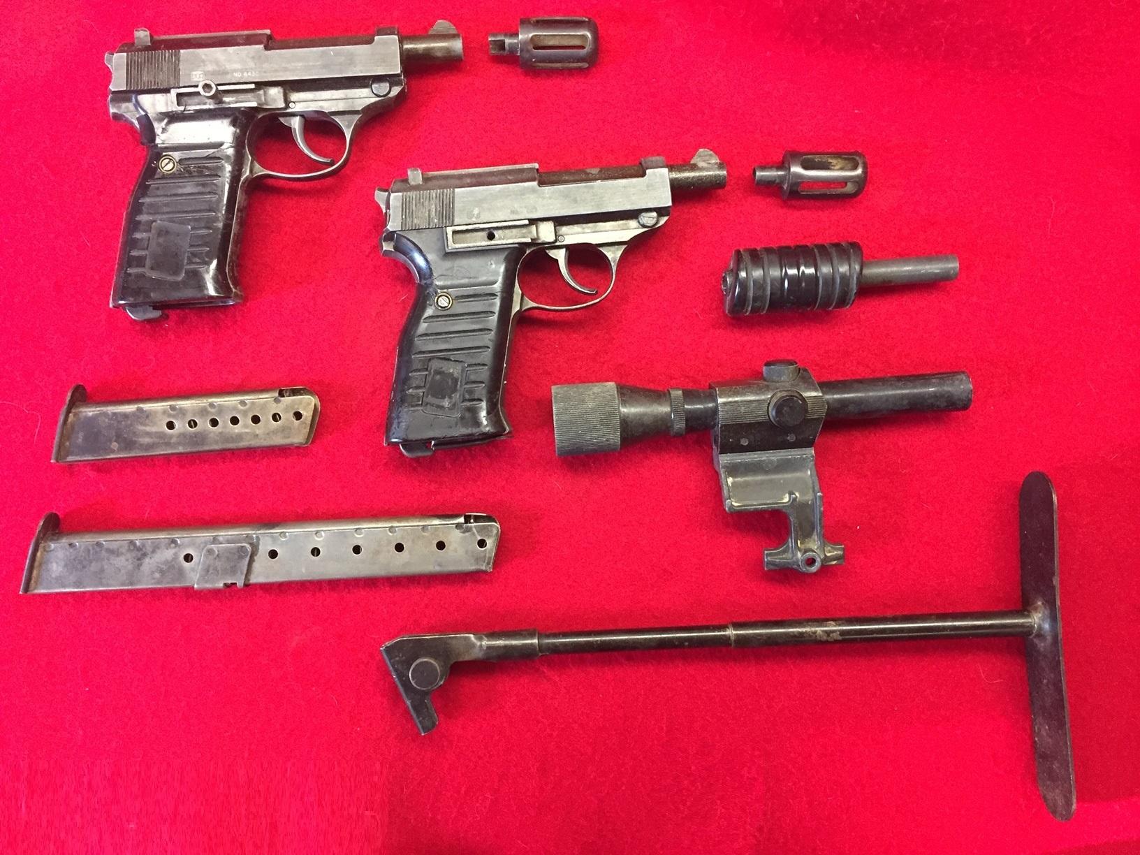 Walter's UNCLE Gun (3).jpg