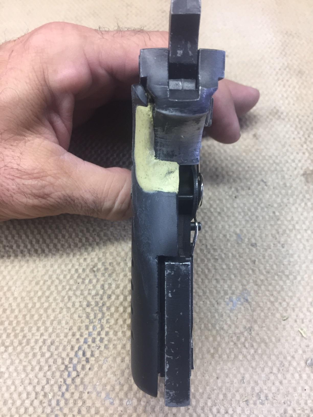 Walter's UNCLE Gun (90).jpg