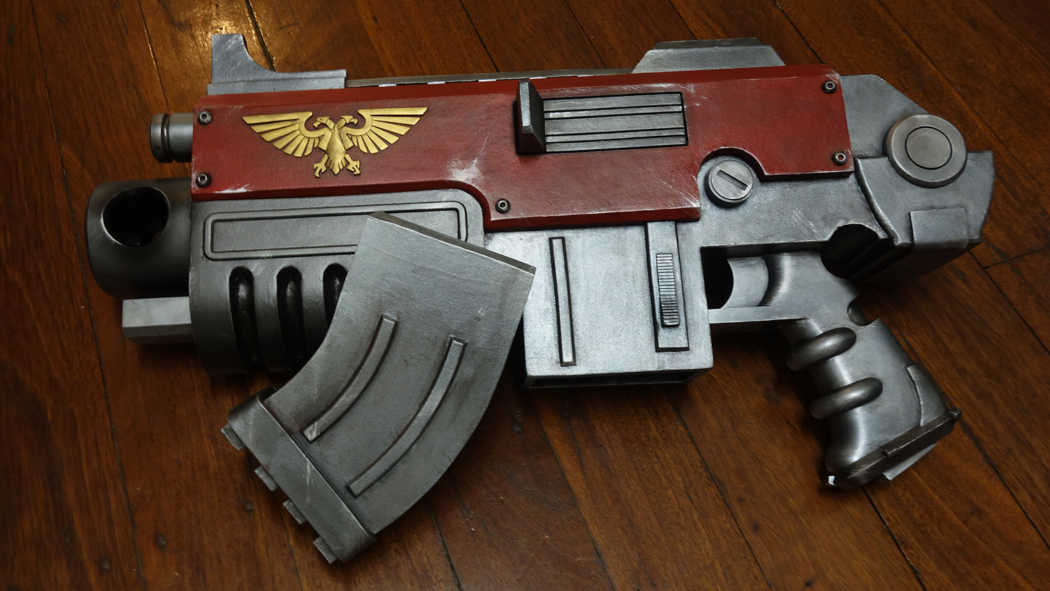 WH40K-Bolter (5).png