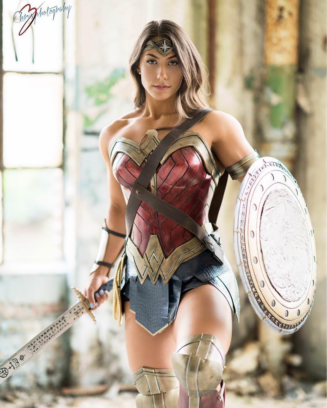 wonder-woman-cosplay-02.jpg