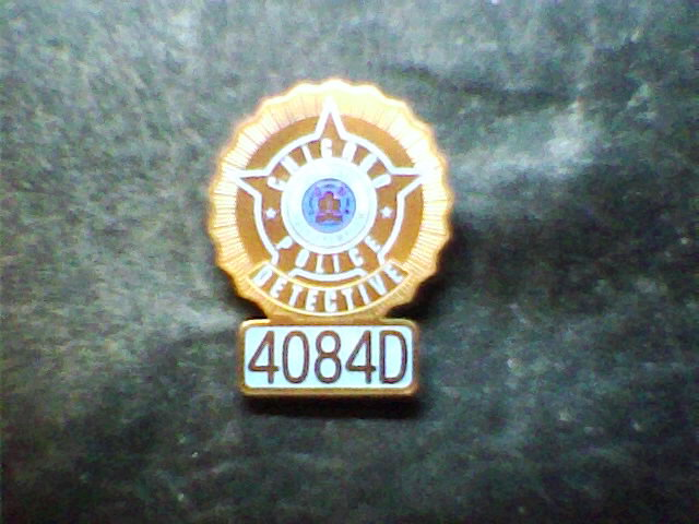 2004 movie i robot chicago det badge