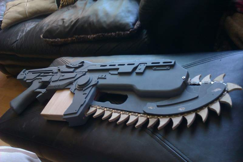 gears of war lancer i made out of wood