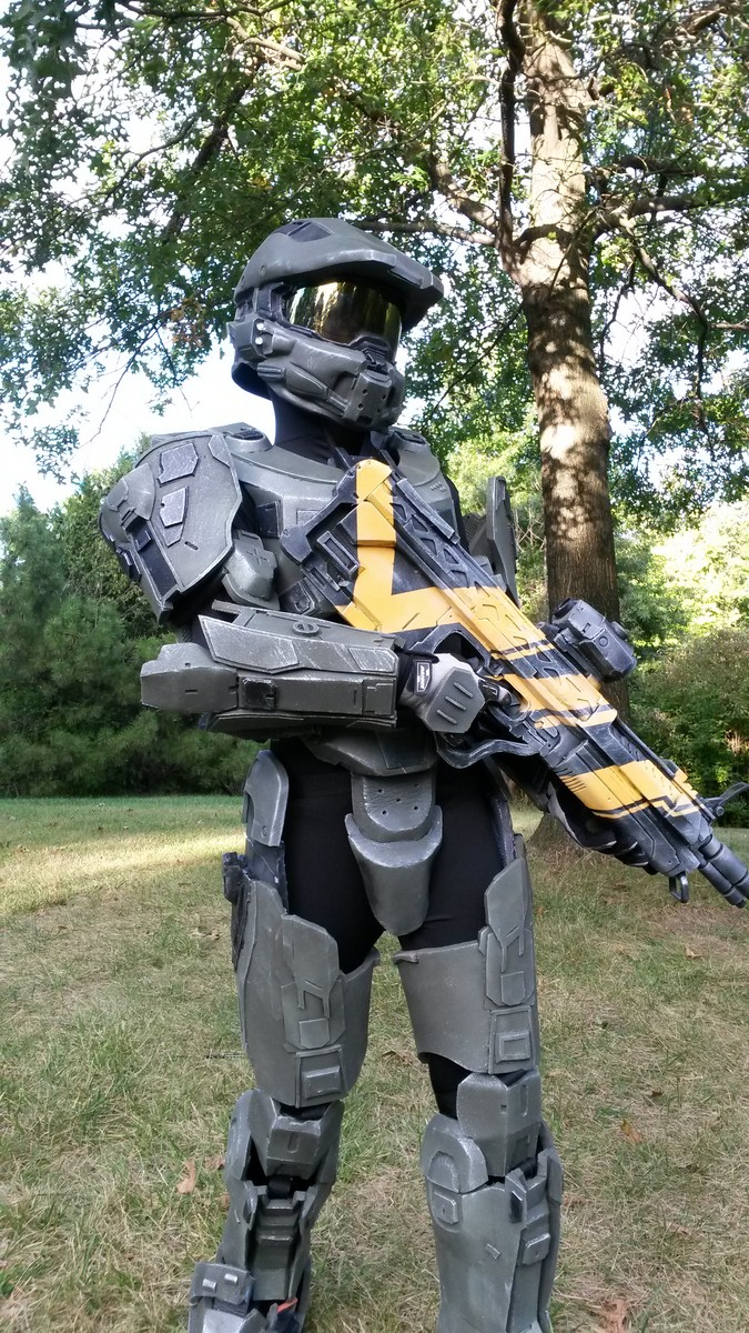 Halo 4 Master Chief and Warrior 2013 Halloween Costume Contest Entry-2