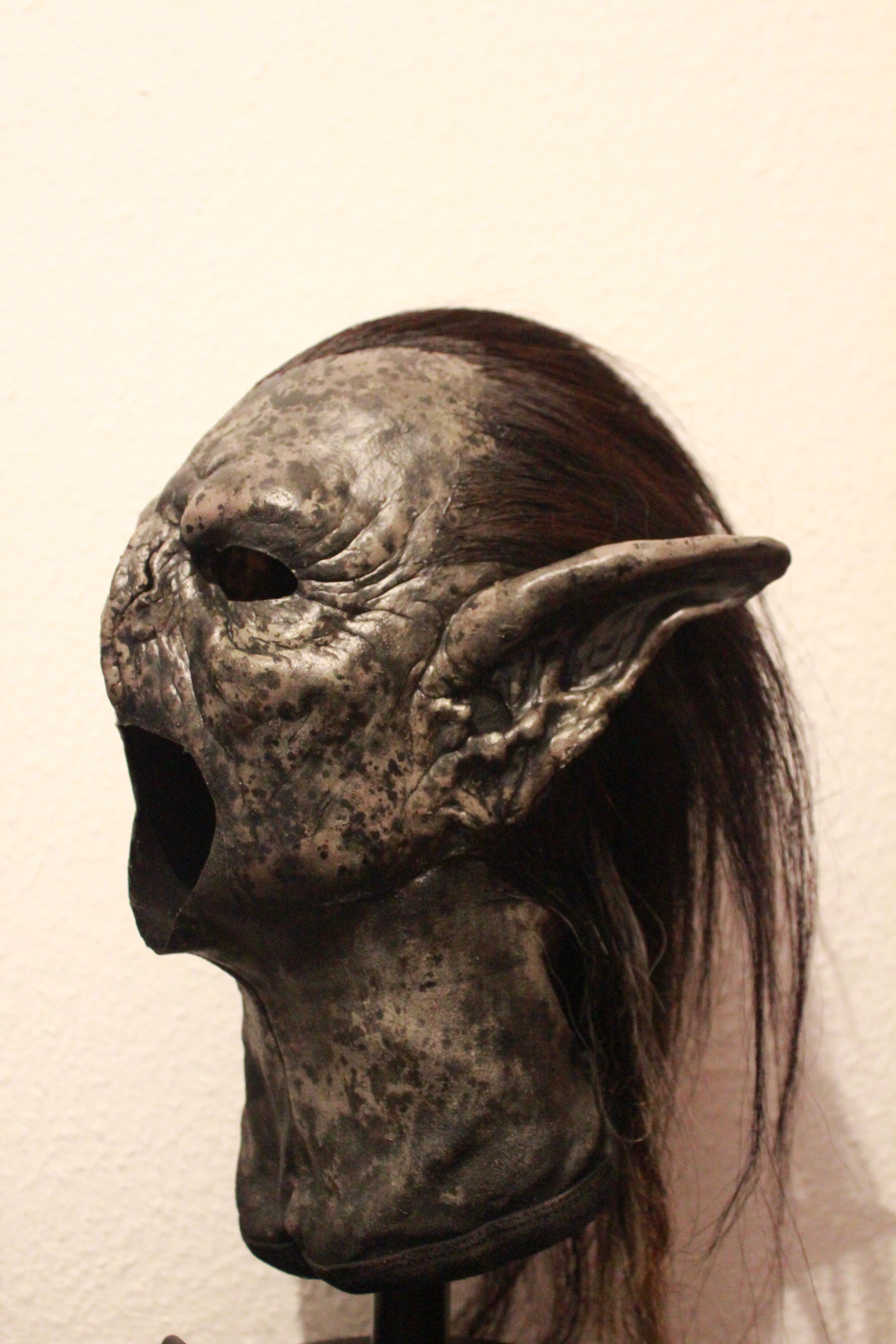 Lord of the Rings - wearable Moria Orc Mask Replica
